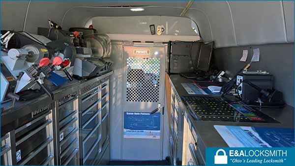 Mercedes-Benz Sprinter Locksmith